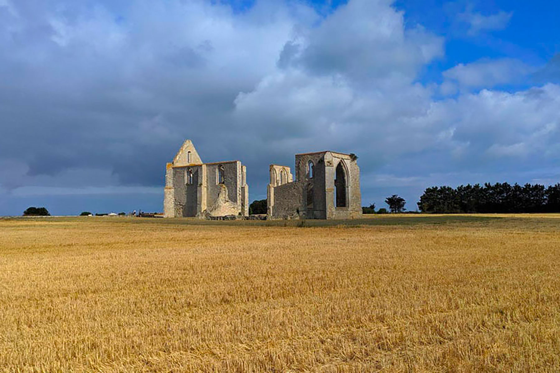 Abbaye des Chateliers Île de Ré